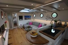 ALEAU-65L-Piper-Dutch-Barge-50