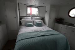 ALEAU-65L-Piper-Dutch-Barge-62