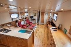 CLEO-60M-Piper-Dutch-Barge-38