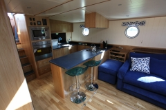 DEA-LATIS-49M-Piper-Dutch-Barge-01