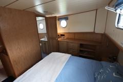 DEA-LATIS-49M-Piper-Dutch-Barge-05