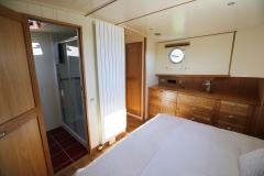 ELYSIUM-65L-Piper-Dutch-Barge-16