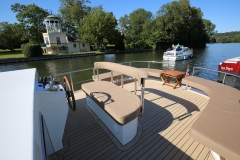 ELYSIUM-65L-Piper-Dutch-Barge-38