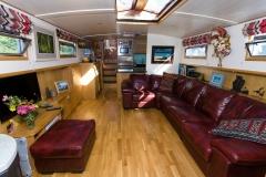GRIZZLED-SKIPPER-60N-Piper-Dutch-Barge-09