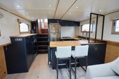 LA-BAS-57N-Piper-Dutch-Barge-50