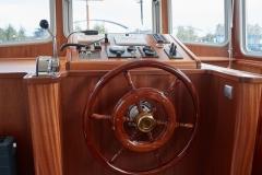 LA-FENICE-57N-Piper-Dutch-Barge-23