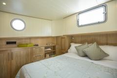 LAUTREC-49M-Piper-Dutch-Barge-04