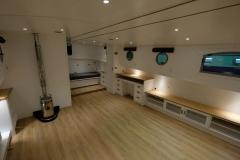 OCTAVIAN-55L-Piper-Dutch-Barge-06