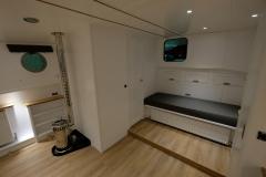 OCTAVIAN-55L-Piper-Dutch-Barge-08