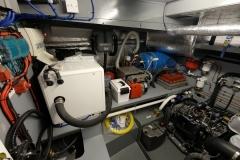 OCTAVIAN-55L-Piper-Dutch-Barge-12