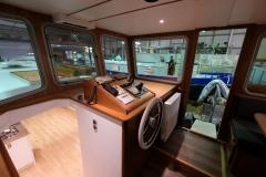 OCTAVIAN-55L-Piper-Dutch-Barge-21