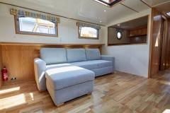 PROPER-JOB-57N-Piper-Dutch-Barge-55