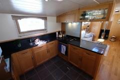 RANGALI-60N-Piper-Dutch-Barge-08