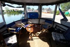RANGALI-60N-Piper-Dutch-Barge-25