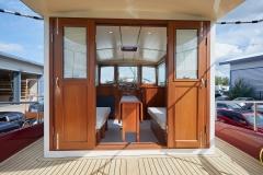 UNI-VERSE-57N-Piper-Dutch-Barge-48