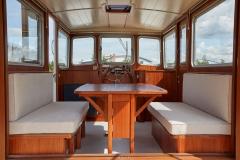 UNI-VERSE-57N-Piper-Dutch-Barge-49