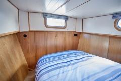 VAGABOND-57N-Piper-Dutch-Barge-05