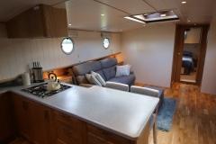 VICTORIA-48M-Piper-Dutch-Barge-02