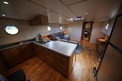 VICTORIA-48M-Piper-Dutch-Barge-03