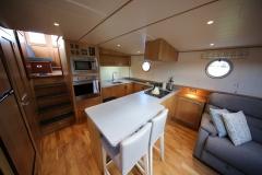 VICTORIA-48M-Piper-Dutch-Barge-04