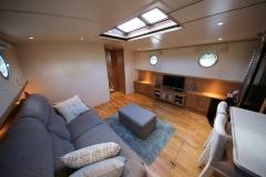 VICTORIA-48M-Piper-Dutch-Barge-09
