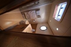 VICTORIA-48M-Piper-Dutch-Barge-18