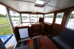 VICTORIA-48M-Piper-Dutch-Barge-22