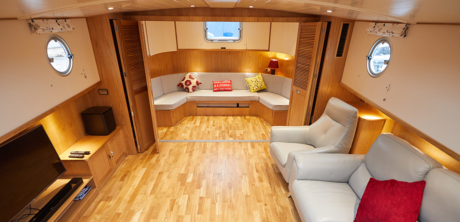 Saloon 2nd bedroom 49L Luxemotor Class Dutch Barge