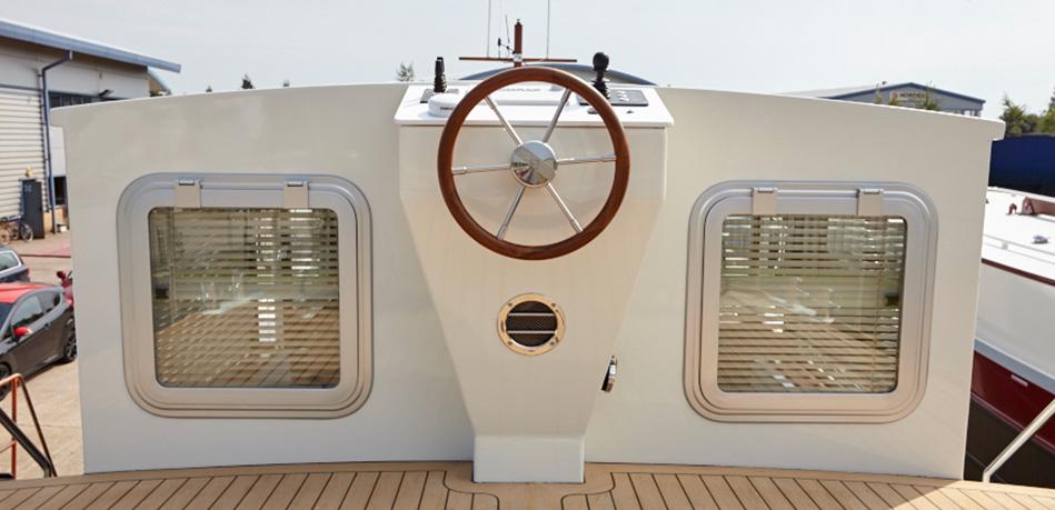 Upper Helm 49L Luxemotor Class Dutch Barge