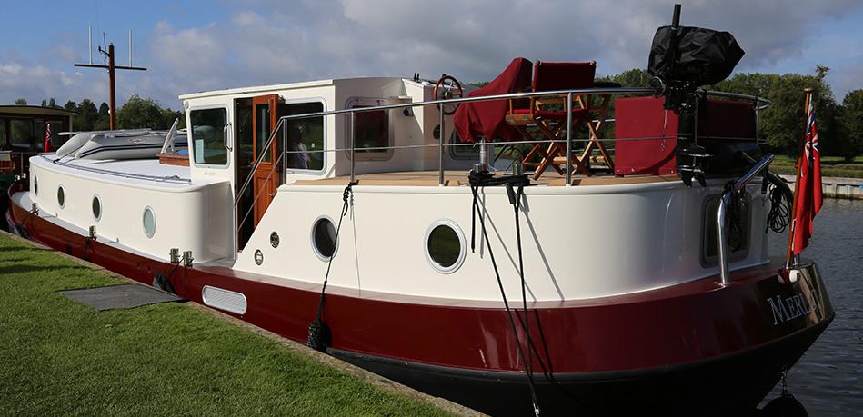 Merlot rear 49L Luxemotor Class Dutch Barge