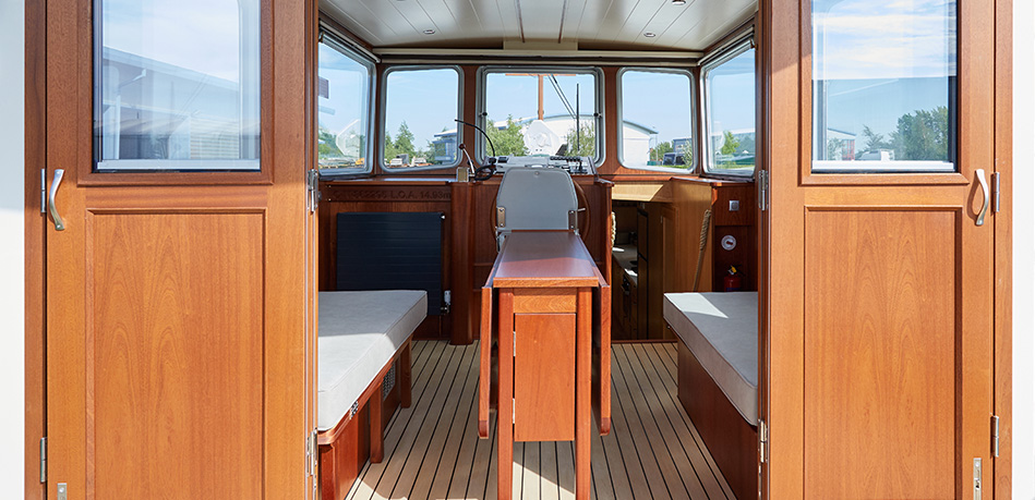 Wheelhouse 49M Motor Class Dutch Barge