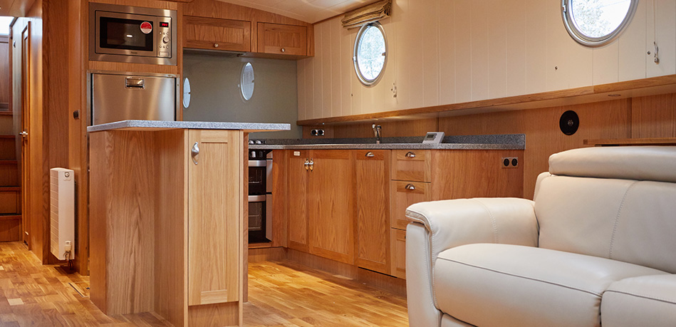 Saloon Galley 65M Motor Class Dutch Barge