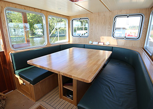 Wheelhouse 65L Luxemotor Class Dutch Barge