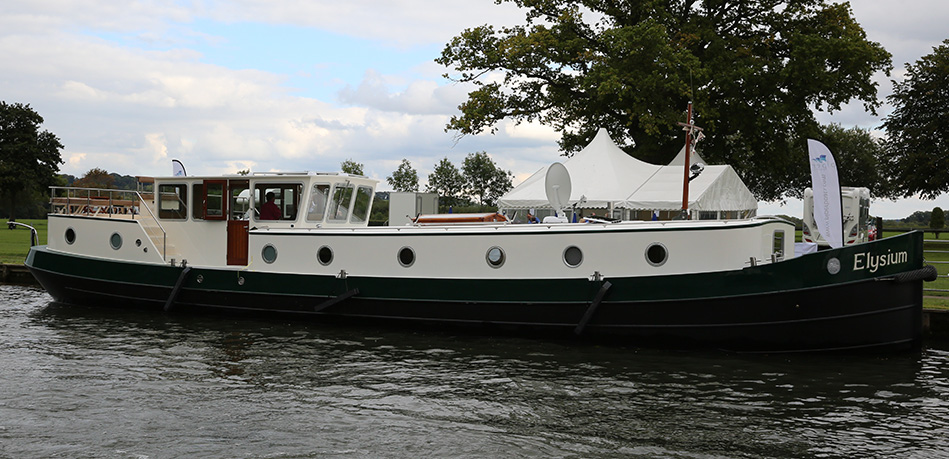 Elysium External 65L Luxemotor Class Dutch Barge