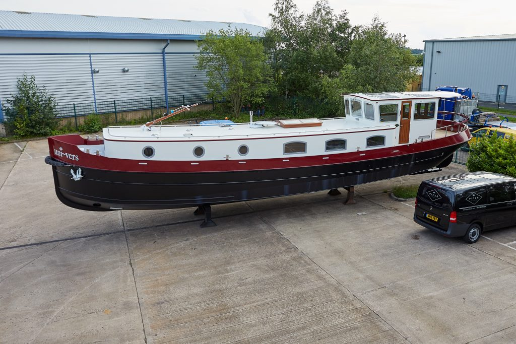 Uni-vers Piper Boats 57N Nivernais Class Stoke-on-Trent Dutch Style Barge
