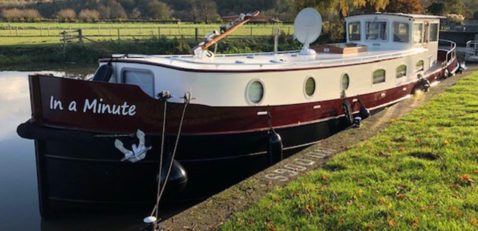 57N Piper Boats Dutch Barge In a Minute